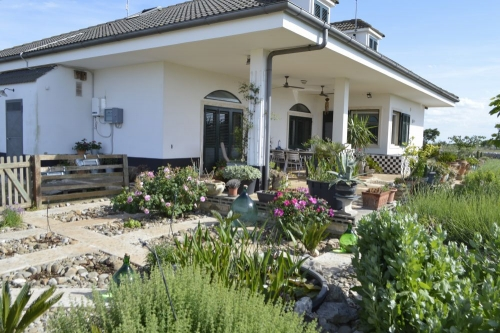 B&B Villa Lavanda Puglia vanuit de kruidentuin