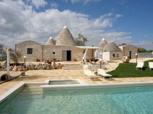 Trulli huis in Lamia in Puglia + zwembad begeleiding door taalgenoot