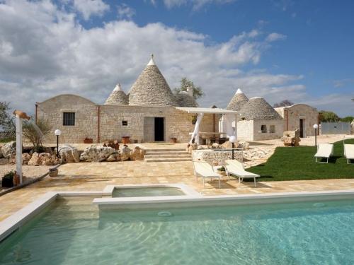 Trulli in Lamia in Puglia + zwembad
