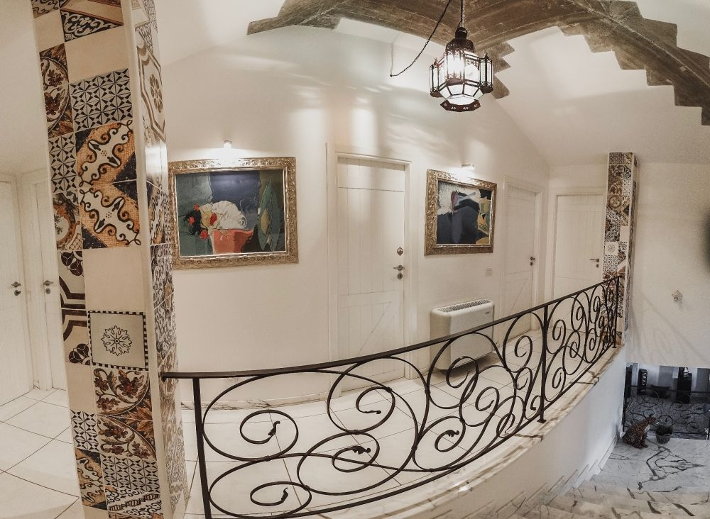 Overloop Gastenverdieping en kamers