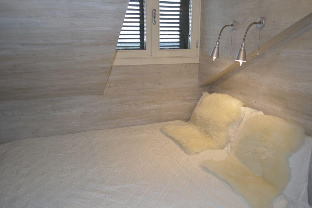 Een schitterend groot bed in Puglia kamer Arwav