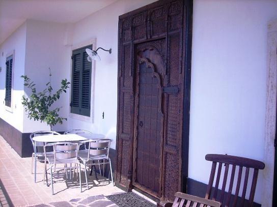 Gasteningang Bij B&B Villa Lavanda in Puglia