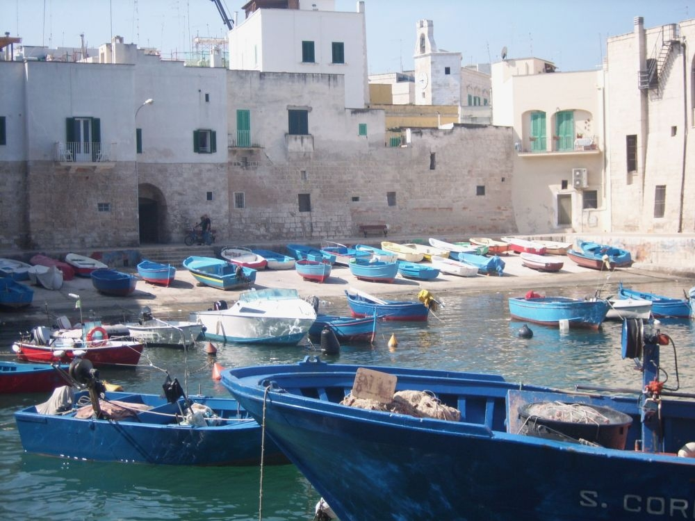 De haven van Monopoli
