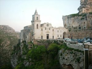 Kerk op de rand van de afgrond Matera