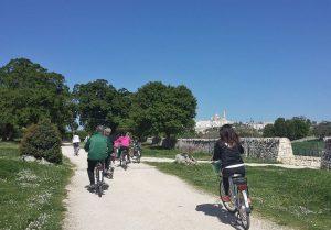 tochten per e-bike vanuit B&B Villa Lavanda