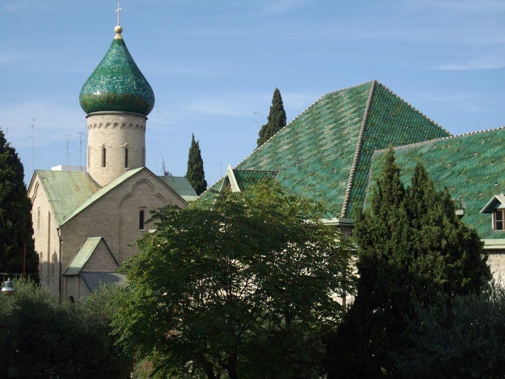 vanuit B&B Villa Lavanda de Russische kerk Bari