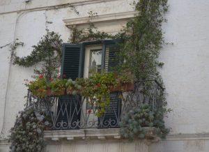 Schitterend Balkon te zien tijdens je verblijf in B&B Villa Lavanda in Puglia