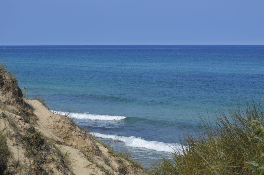 Schitterend de zee bij Torre G. in Puglia
