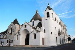 De trullikerk in Alberobello op 17 km van B&B Villa Lavanda